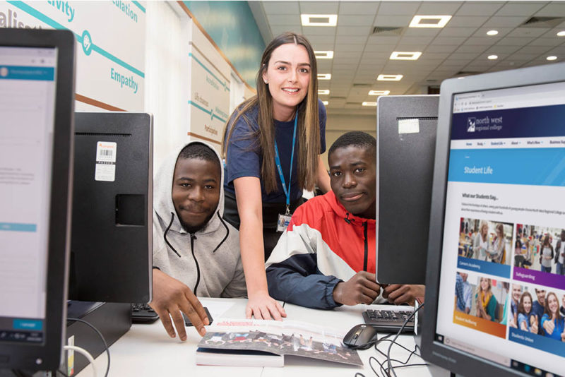 Results days 2021 staff helping students apply for a course